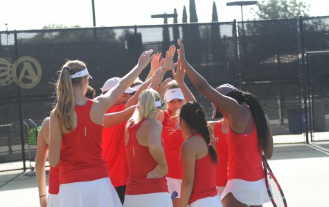 Photo gallery: Aztec women's tennis defeated by No. 22 Kentucky, 7-0